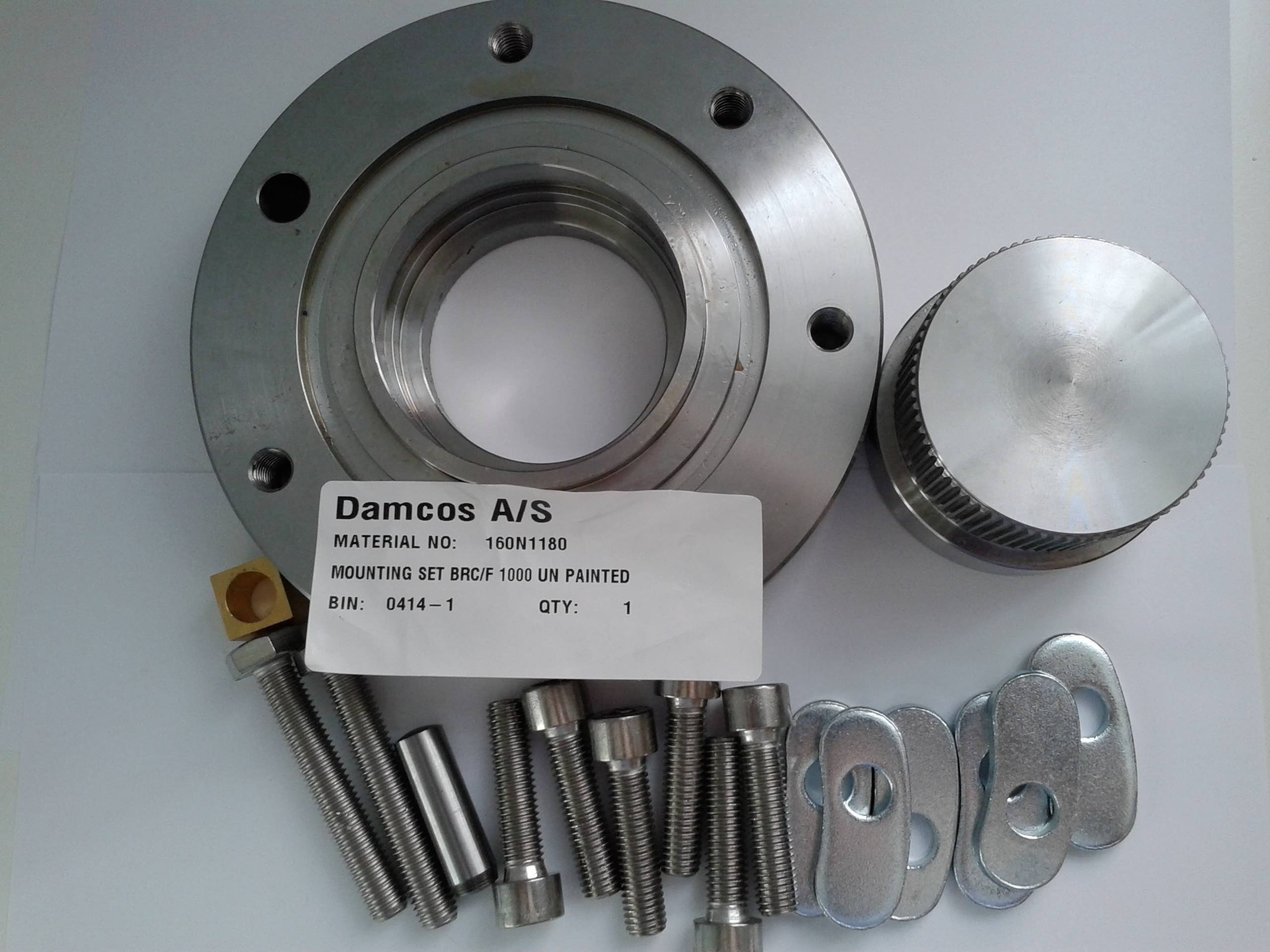 Damcos 160N1180 BRC:F 1000 Un-Painted Mounting Set
