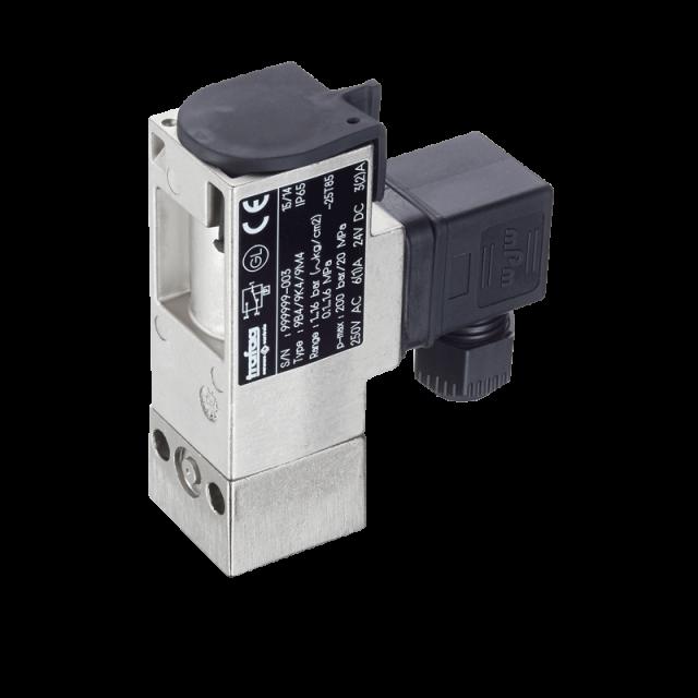 Trafag-Switch-PST4B-9B4-Pressure-640x640